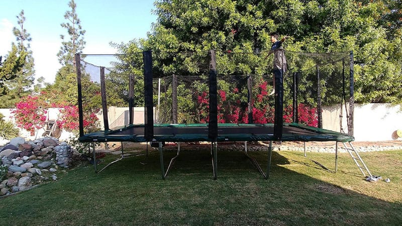4 Best Rectangle Trampoline Reviews – Buying Guide 2020