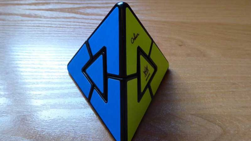 How To Solve a Pyraminx?